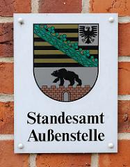 Wappen von Sachsen-Anhalt / Aufschrift Standesamt Außenstelle - Salzkirche Hansestadt Werben / Elbe.