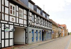 Geschäftsstrasse in Osterburg - Fachwerkhäuser.