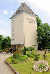 Silogebäude zum Wohnhaus umgebaut; Wassermühle Osterburg.