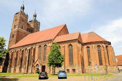 Pfarrkirche St. Petri in der Hansestadt Seehausen - Ursprungsbau aus dem 12. Jahrhundert - Mitte des  15. Jahrhunderts spätgotisch umgebaut.
