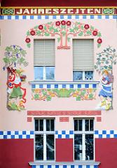 Fassade - Haus der Vierjahreszeiten Wittenberge; 1906 als Wohn- und Geschäftshaus erbaut.