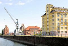 Magdeburger Handelshafen; 1893 fertiggestellt - der Hafen soll zu einem Wissenschaftshafen umgebaut werden.