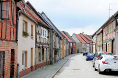 Strasse mit historischen Häusern - Bilder aus der Hansestadt Werben / Sachsen-Anhalt.