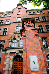 Ehm. Angerkasern, erbaut 1913 - Sitz Ministerium für Arbeit und Soziales in Magdeburg.