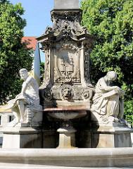 Detail, Hasselbachbrunnen in Magdeburg - Erinerung an den Magdeburger Bürgermeister Carl Gustav Friedrich Hasselbach ( 1809 - 1882).