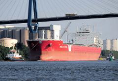 Massengutfrachter / Bulk Carrier SICIALIAN EXPRESS unter der Köhlbrandbrücke im Hamburger Hafen.