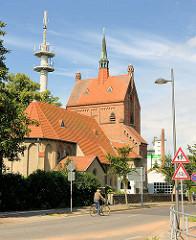 Katholische Hlg. Geist Kirche in Kyritz, erbaut 1912 - Architekt Josef Welz - neuromanische und neugotische Stilelemente.