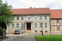 Historische Architektur bei der Probstei in Salzwedel.