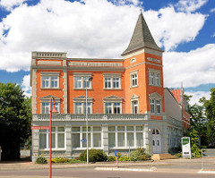 Historiche Architektur in Perleberg - Haus Prinz Heinrich, erbaut 1902.