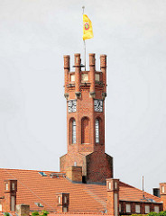 Turm vom Kyritzer Rathaus - erbaut 1879 im Tudorstil.