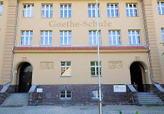 Eingang  Goethe Schule in Kyritz.