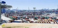 Containerlager auf dem Gelände des HHLA Containerterminals Tollerort.
