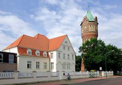 Wasserturm in der Hansestadt Salzwedel - neugotischer Bau mit einer Höhe von 43,7 m. 1903 durch die Hand des Meisters Albert Strauchenbruch erbaut.