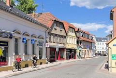 Geschäftshäuser in der Wittenberger Strasse / Perleberg.