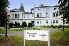 Gebäude Finanzamt Kyritz; Land Brandenburg.
