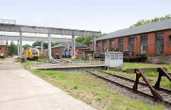 Industriegebiet Kirchmöser, Brandenburg an der Havel. Lokomotiven - Prellbock und Drehscheibe.