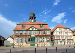 Rathaus von Grabow - erbaut 1727; zweigeschossiger Fachwerkbau im Stil des Barock; Rathausturm - Amtsbaumeister Christian Reichel.