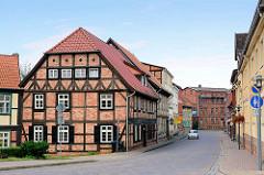 Restauriertes Fachwerkgebäude - Fachwerkstadt Grabow am Elde Müritz Wasserweg.