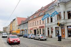 Geschäfte und Wohnhäuser in der Steinstrasse von Brandenburg a. d. Havel