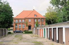 Garagenreihe - Kirchmöser, Brandenburg an der Havel.