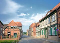 Fachwerkgebäude und Pastorat an Kanalstrasse in Grabow - Fachwerkstadt in Mecklenburg.