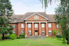 Verwaltungsgebäude der Pulverfabrik Kirchmöser, Brandenburg an der Havel.