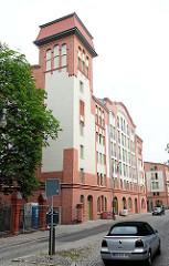 Gebäude der historischen Burgmühle in Brandenburg an der Havel -  erbaut zwischen 1909 und 1913; jetzt Wohngebäude.