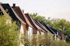 Dächer von Einfamilienhäusern - Stadtvillen in Neustadt Glewe.