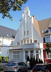 Einzelhaus in der Erikastrasse von Hamburg Eppendorf - expressionistische Architektur.