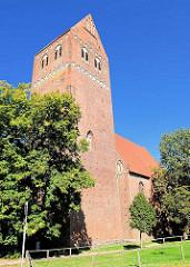 St. Marienkirche in der Parchimer Neustadt; Hallenkirche in Backsteinbau; Ursprungsbau aus der Gotik.