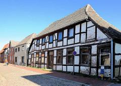 Leerstehendes Fachwerkhaus - Wohnhaus in der Kleinen Wallstrasse von Neustadt Glewe.