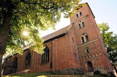 Backsteinkirche von Lübz - erbaut im 16. Jahrhundert.