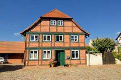 Wohnhaus - Fachwerk; historische Architektur in Neustadt Glewe.
