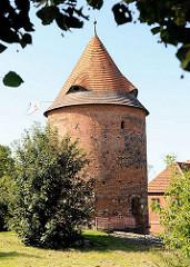 Burgturm in Plau am See, erbaut um 1448.