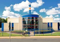 Geothermiekraftwerkt Neustadt Glewe - das erste Kraftwerk dieser Art in Deutschland. Leistung 230kW - Förderung von Thermalwasser aus 2455 m Tiefe.