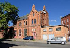 Industriearchitektur - Ziegelgebäude, Neogotik.