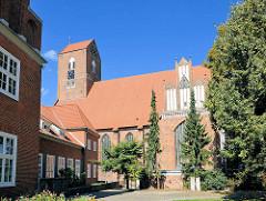 St. Georgenkirche - Pfarrkirche der Altstadt von Parchim; Ursprungsbau von 1289 - dreischiffiger gotischer Backsteinbau.