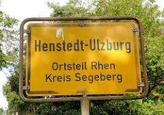 Ortsschild Henstedt-Ulzburg, Ortsteil Rhen, Kreis Segeberg.