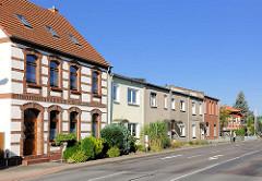 Wohnhäuser in Lübz, Mecklenburg-Vorpommern.