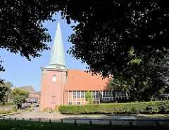 Eppendorfer Kirche - St. Johanniskirche / Hochzeitskirche im Hamburger Stadtteil Eppendorf; die Kirche wurde 1267 erstmals urkundlich erwähnt.