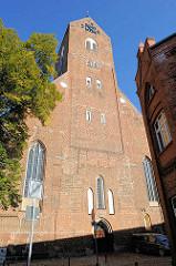 Kirche St. Georgen - Pfarrkirche der Altstadt von Parchim; Ursprungsbau von 1289 - dreischiffiger gotischer Backsteinbau.