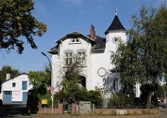 Vorstadtvilla in Stellingen am Steenwisch.