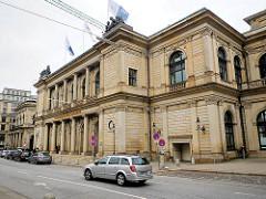Historische Hamburger Architektur - Gebäude der Börse am Adolphsplatz - Architekten Carl Ludwig Wimmel / Franz Gustav Forsmann / Hansen & Meerwein / Albert Erbe.