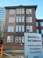 Backsteinarchitektur Hamburg Berufliche Schule Am Lämmermarkt in Hamburg St. Georg; Architekt Oberbaudirektor Fritz Schumacher.