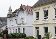 Stadtvilla Hamburger Vorort - Gründerzeithäuser mit Schmuckdekor Steinbeker Hauptstrasse