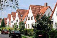 Wohnhäuser in der Wandsbek Gartenstadt - Wohnhäuser im Grünen mit Garten.