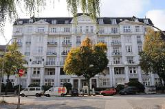 Hofweg-Palais - Architekt August Patz, erbaut 1912 - Mehrstöckiges Gebäude im Jugendstil.