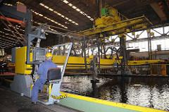 Metall Unterwasser-Schneideanlage auf der Neuenfelder Sietas Werft.