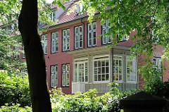 Rückseite Klopstockstrasse - Veranda; Backsteinarchitektur des ausgehenden 18. Jahrhunderts.