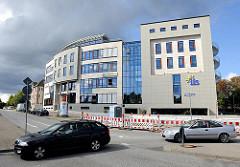 Moderne Büro- und Verwaltungsgebäude am Bahnhof Rahlstedt.